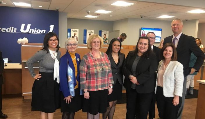 Credit Union 1 grand re-opening on Feb. 28, 2018, included bank officials and members of the Evergreen Park Chamber of Commerce