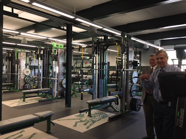 Thomas O'Malley, Superintendent of Evergreen Park School District 231, gives a tour of the new workout room on May 17, 2018.